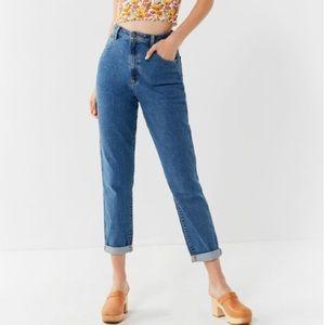 Wrangler UO Mom Jeans